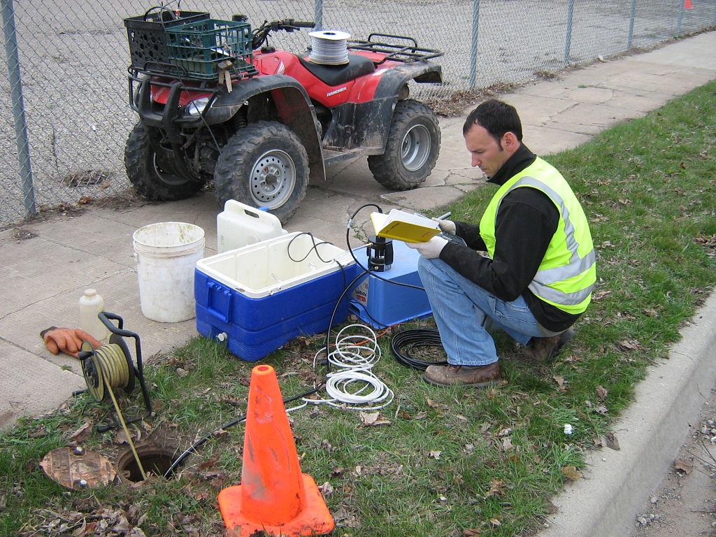 Wisconsin engineering companies,company,engineering, land surveying, surveyors,environmental services, municipal engineering, site / land development, stormwater management,